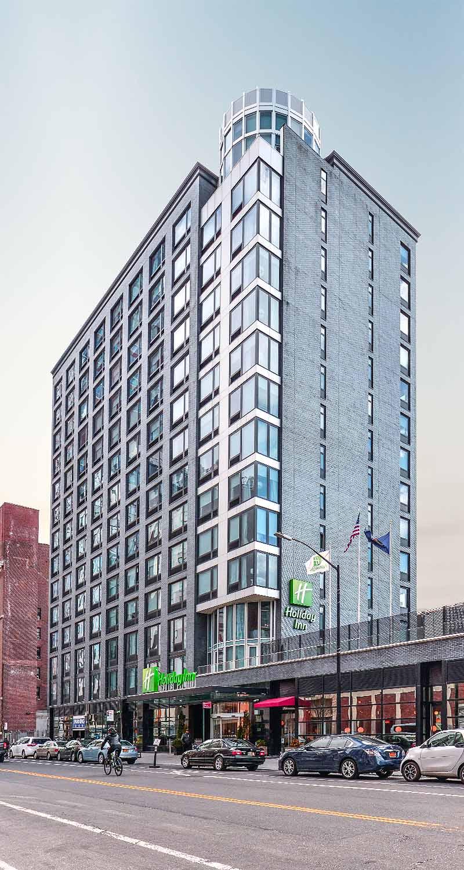 Holiday Inn  300 Schermerhorn Street