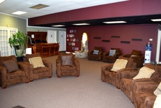 The Foyer - The Foyer is an open entry and lounge with a box office, bar and concessions area. This is the main entrance to the Black Box Theater. The space is ideal for socializing and enjoying a beverage or snack before the show begins or during intermission, with direct access to a restroom.CAPACITY: Up to 50 peopleRATE: Comes with rental of Black Box Theatre, or $20 an hour