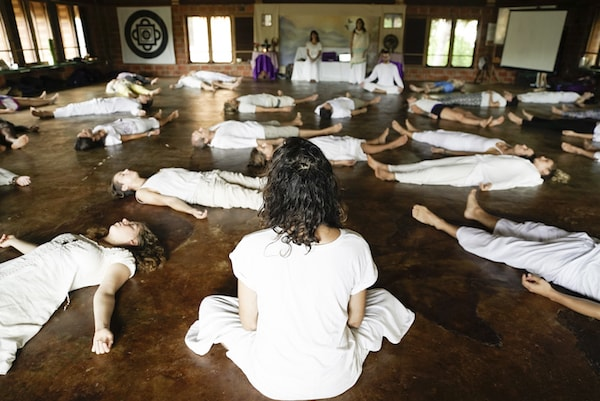 group-meditation-classes.jpg