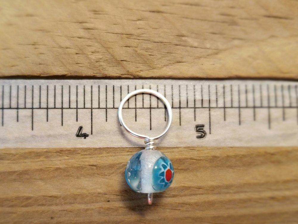 bulky size snag free glass bead  stitch marker
