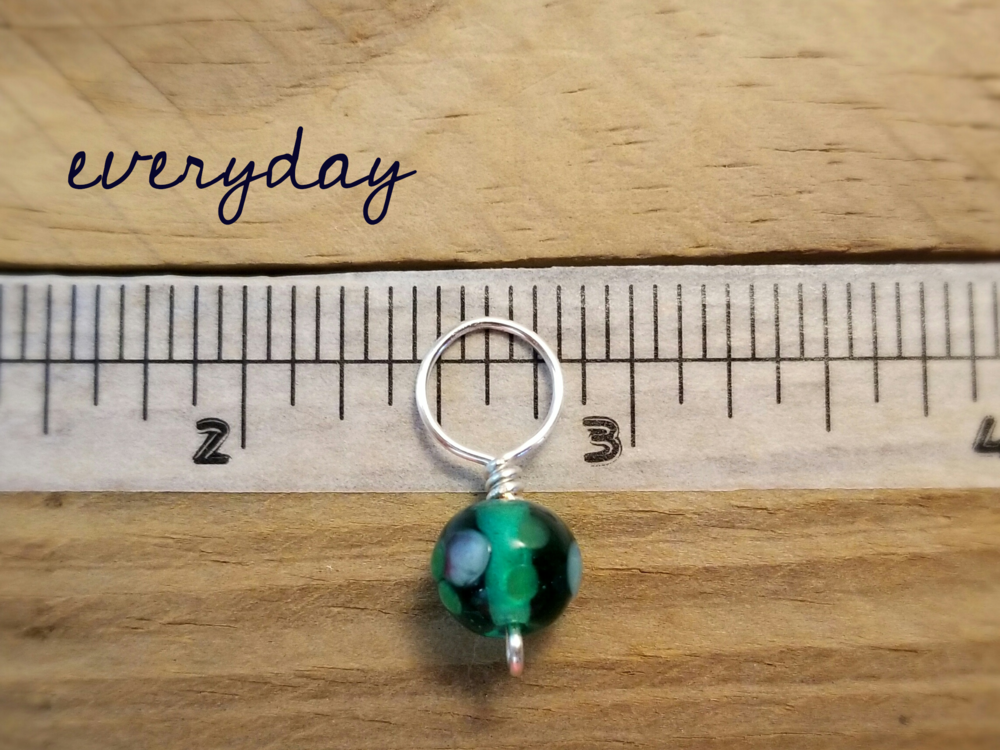 everyday size snag free glass bead stitch markers