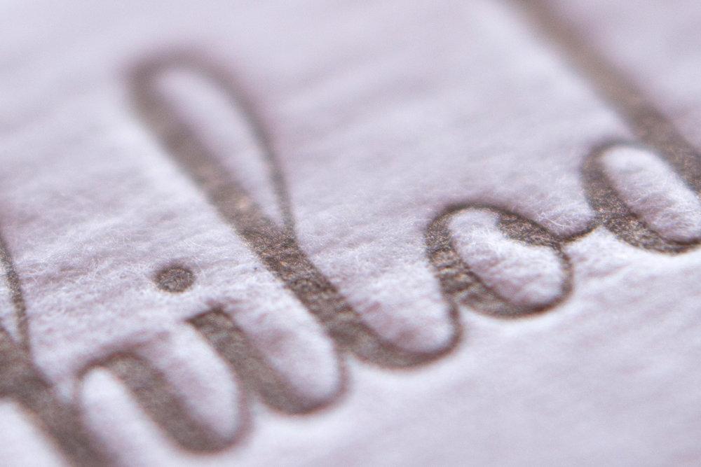 tarjetas-personales-hilo-dorado-papel-principal-letterpress-imprenta-tipografica-1.jpg