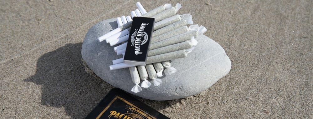 joints on rock.jpg