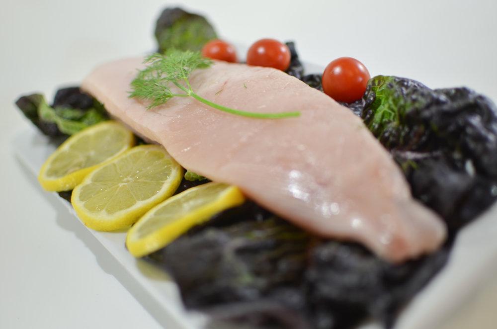 Chuck's Seafood - Fresh Tuna Loin Horiz .jpg