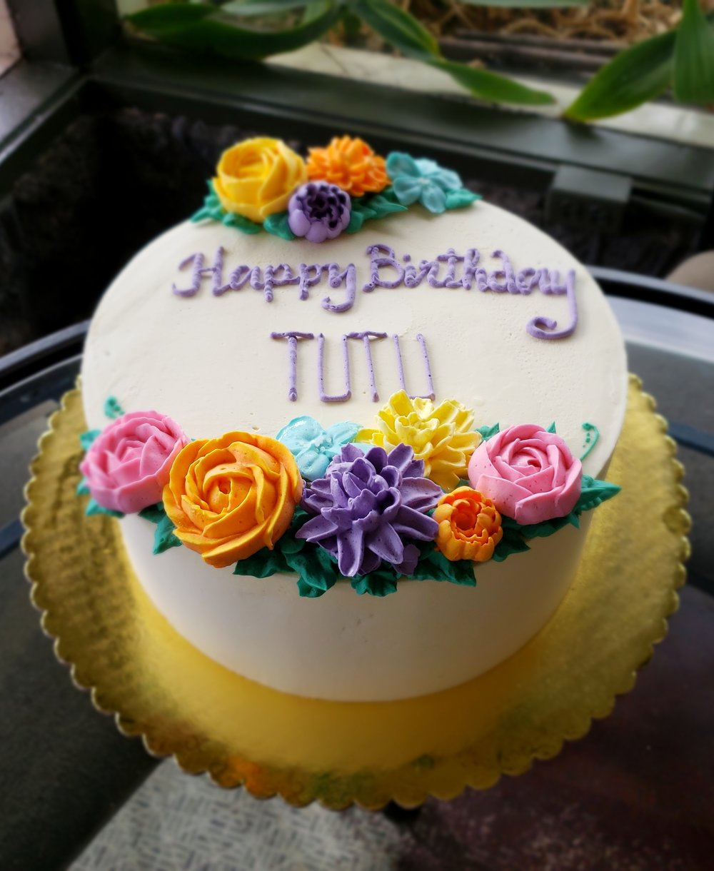 Copy Of Buttercream Birthday With Piped Flowers Hilo Hawaii Big Island Kailua Kona
