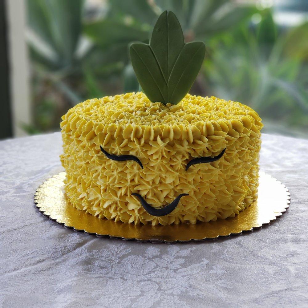Buttercream pineapple birthday cake Hilo Hawaii Big Island Kailua-Kona