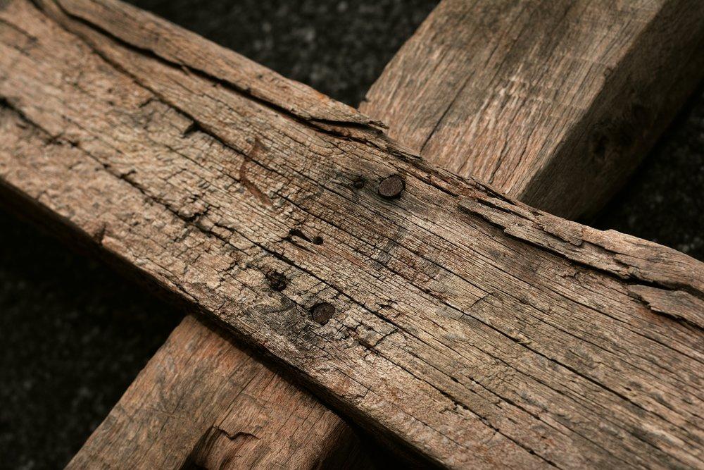 wooden-cross-3262919_1920.jpg