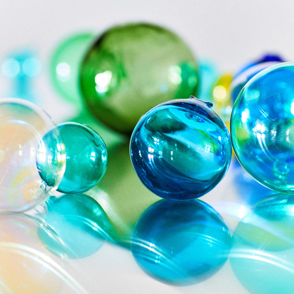 glass-color-balls.jpg