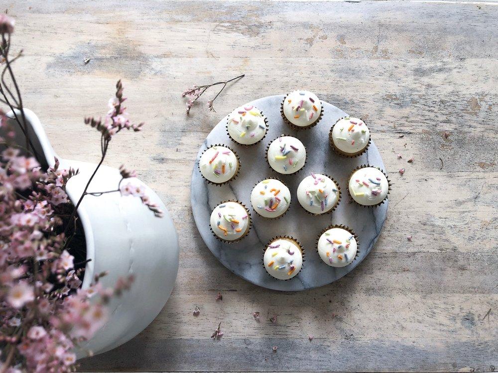 minisprinklecupcakes.JPG