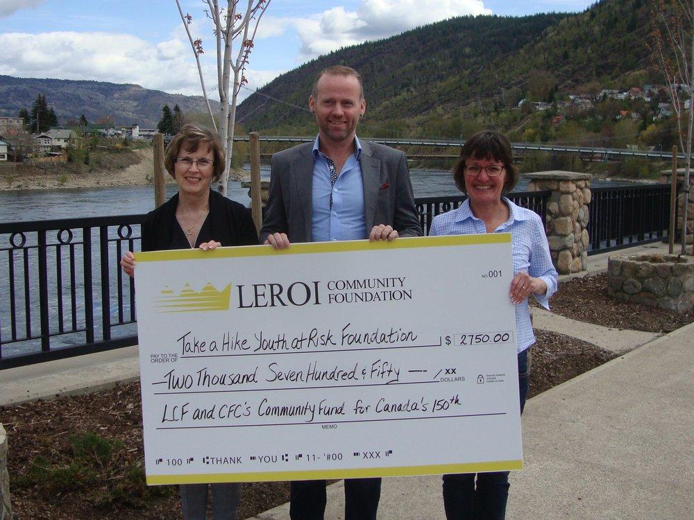LeRoi Foundation cheque presentation.jpg