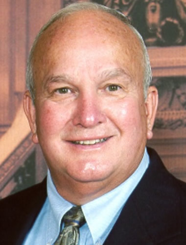 """<p><strong>Larry Wilson</strong>Ohio<a href=""""#"""" data-featherlight=""""#lwilson"""">View Bio →</a></p>"""