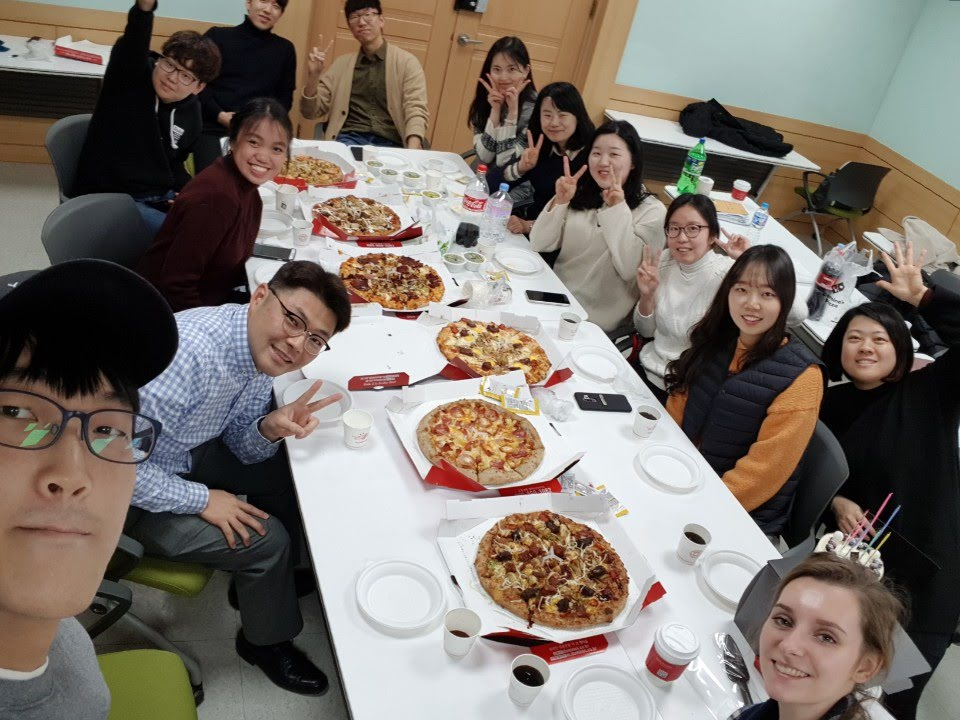 2018 Winter lunch with Pizza