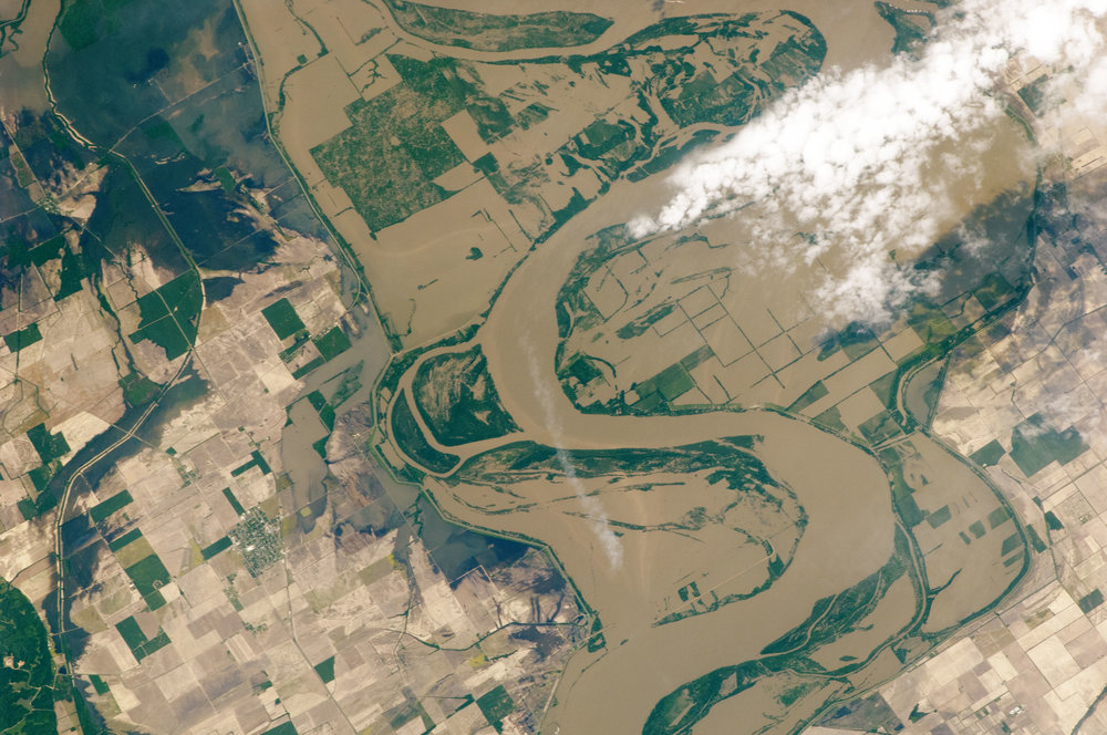 ISS027-E-027023_lrg.jpg