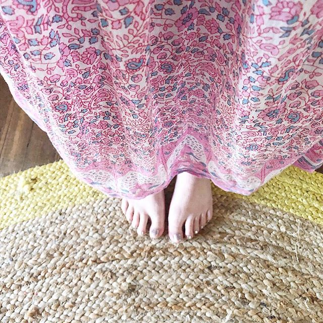 So cold in Melbourne right now..Dreaming of warmer weather. Beautiful soft cotton dresses coming soon for Spring🌾 . . . #saintantibe #cotton #summerstyle #springsummer18 #boho #maxi