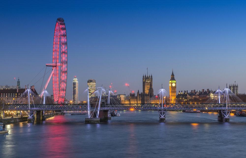 pink london eye.jpg
