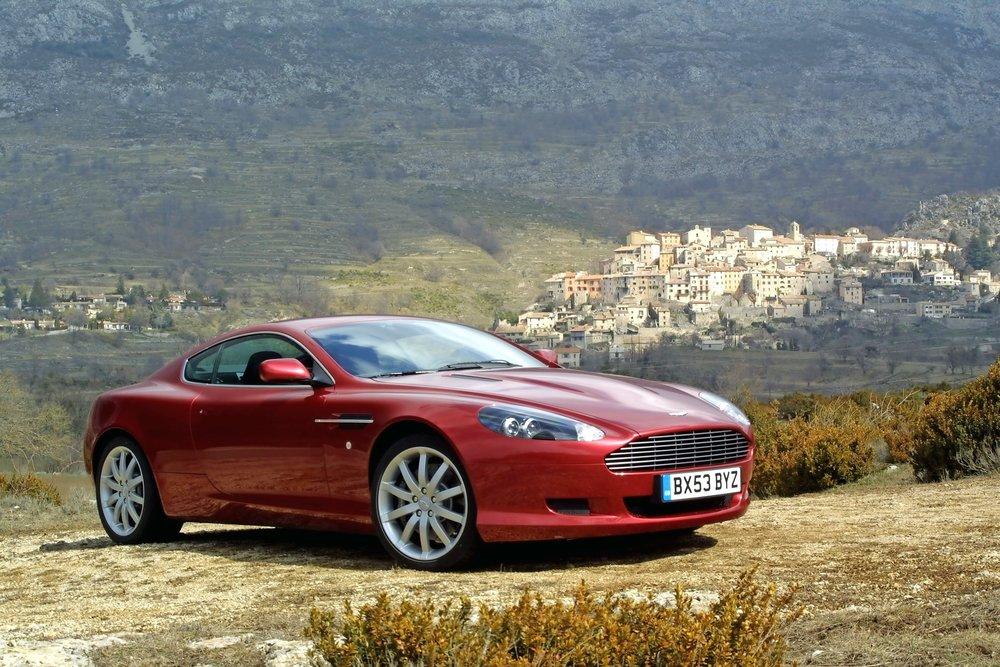 Aston+DB9.jpg