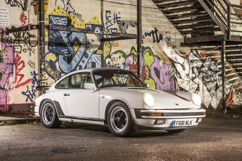 Porsche Carrera 3.2.jpg