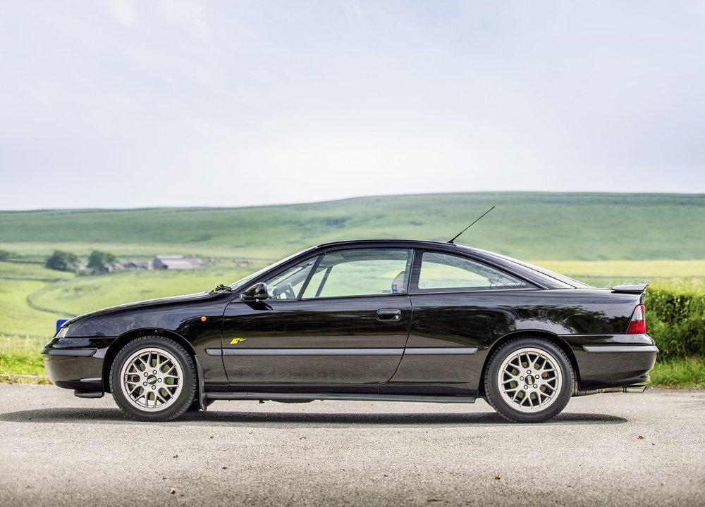 Vauxhall-Calibra.jpg