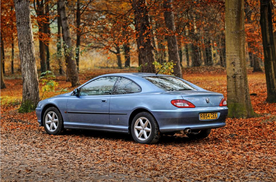 Peugeot-406-Coupe-V6.jpg