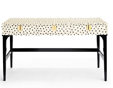 A piece from the new Kate Spade collection. Image via Kate Spade.