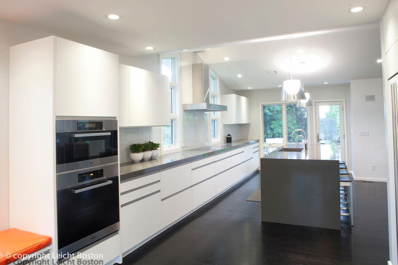 a single wall modern kitchen layout - Kitchen Layouts