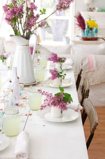 2. Spring Themed Decor