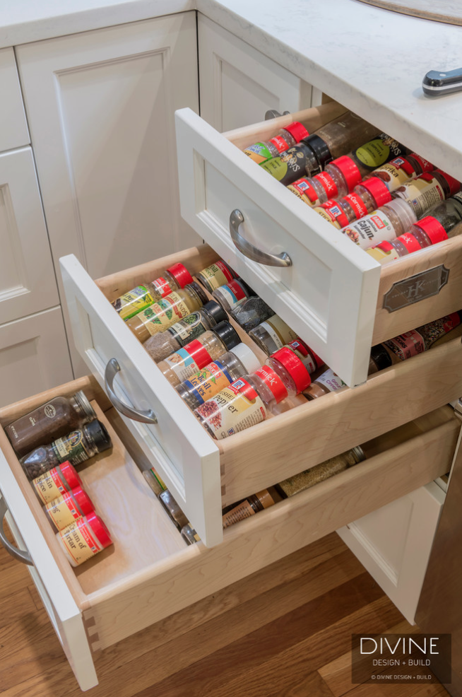 spice-rack-organization