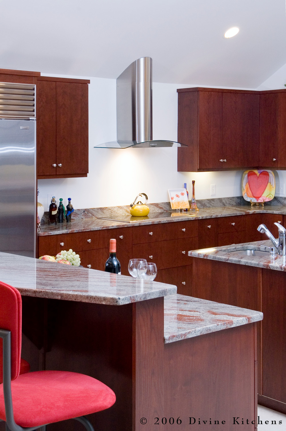 Etonnant Modern Cherry Wood Cabinet Kitchen With Brushed Nickel Knobs. Marble  Countertops With Red And Pink