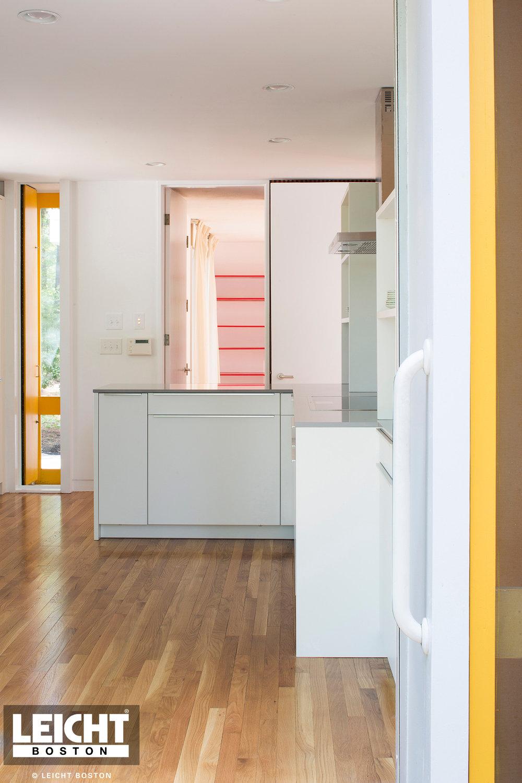 Boston-Earl-Flansburgh-contemporary-kitchen (8).jpg