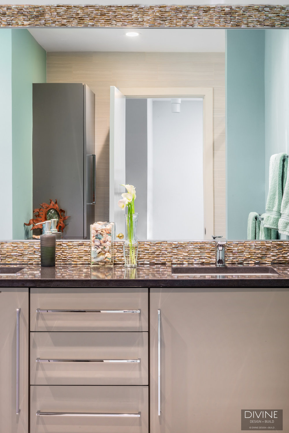 Boston-Weston-contemporary-transitional-master-bathroom-suite (34).jpg