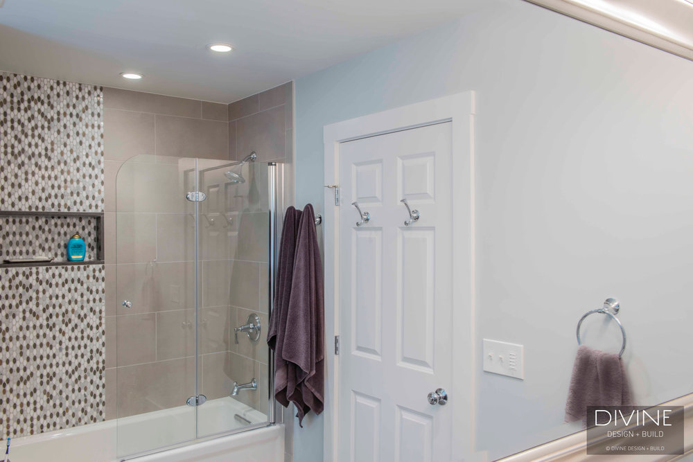 Boston-Dover-transitional-master-bathroom-barn-doors (27).jpg