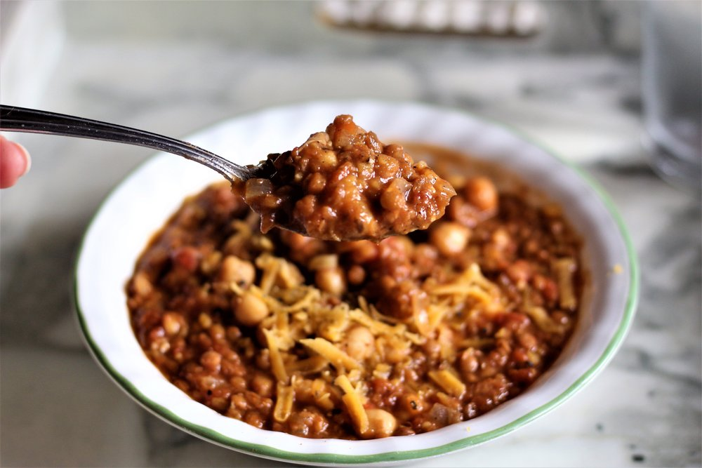 Vegan Chili - One Pot, 25 Minutes, Easy, Delicious