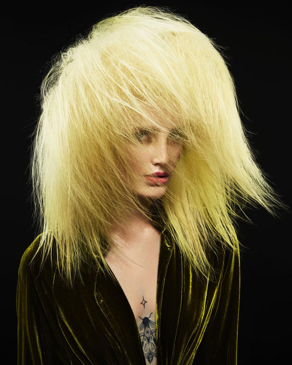 sarah-cochran-wardrobe-stylist-minneapolis-st-paul-creative-stylist-2.jpg