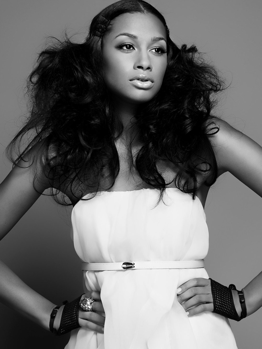 sarah-cochran-wardrobe-stylist-fashion-stylist-art-director-minneapolis-3.jpg