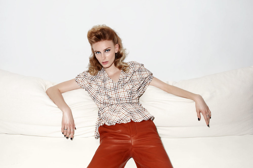 sarah-cochran-wardrobe-stylist-fashion-stylist-editoral-stylist-minneapolis-1.jpg