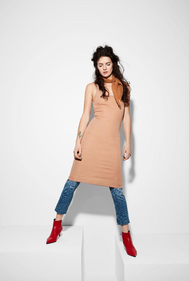 sarah-cochran-wardrobe-stylist-fashion-stylist-editoral-stylist-minneapolis-4.jpg