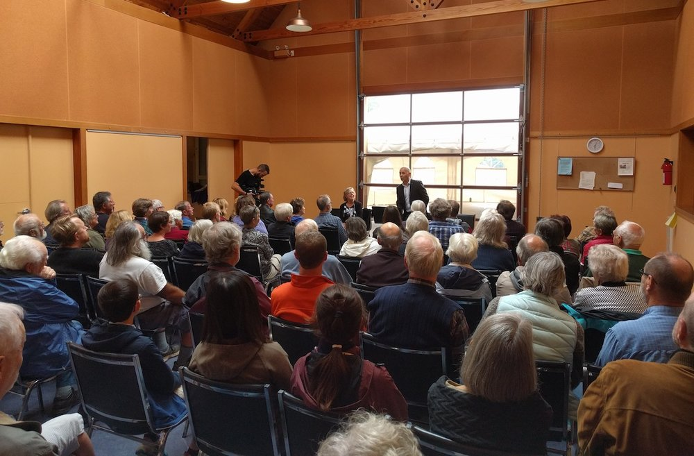 Community Meeting with MP Elizabeth May on Mayne Island.