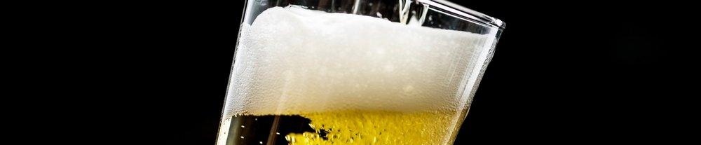 alcohol-alcoholic-beverage-alcoholic-beverages-1574673.jpg