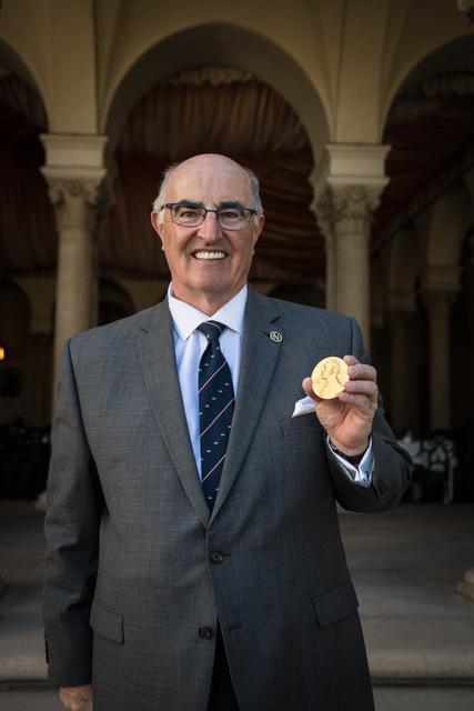 McDowall_Alasdair-NobelMedal-2018-2006.jpeg