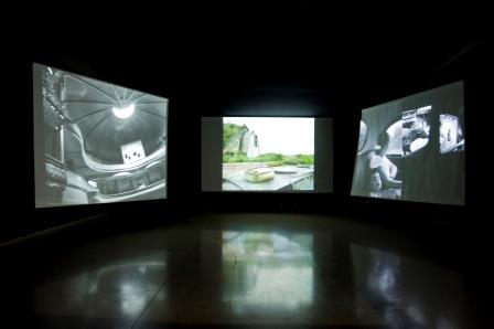 "ouad El Khoury, Installation view - ""Le plus beau jour"", 2013, Video/Sound Installation, Courtesy of Galerie Tanit"