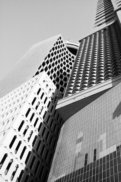 Alia+Al+Shamsi_Forgotten+Buildings_2.jpg