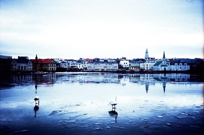 Reykjavik+Lake+02_Hind+Mezaina.jpg