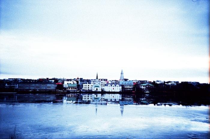 Reykjavik+Lake+01_Hind+Mezaina.jpg