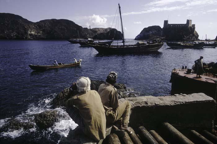 Oman+1971_Bruno+Barbey+3.jpg