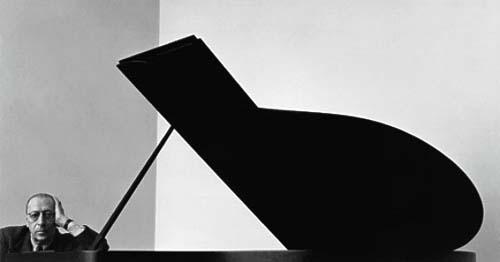 Arnold Newman, Igor Stravinsky, New York City, 1946 (Estimate: $5,000 - 7,000, AED 18,000 - 26,000)