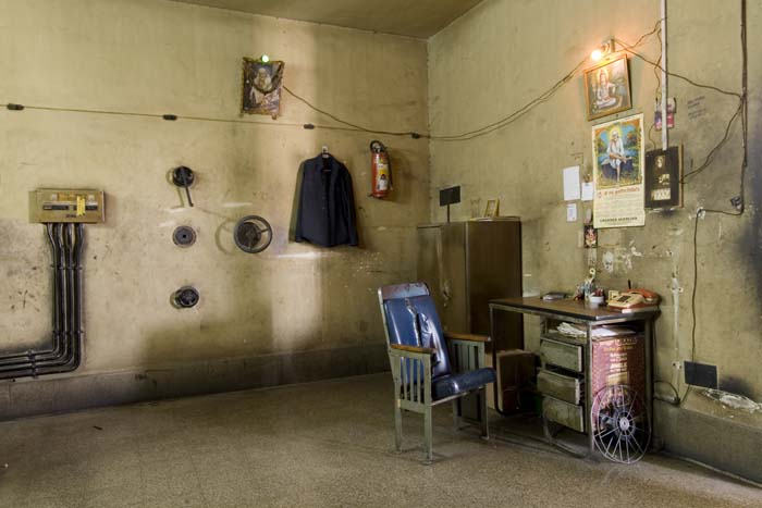 © Zubin Pastakia - Projection Room, Dreamland Talkies, Mumbai