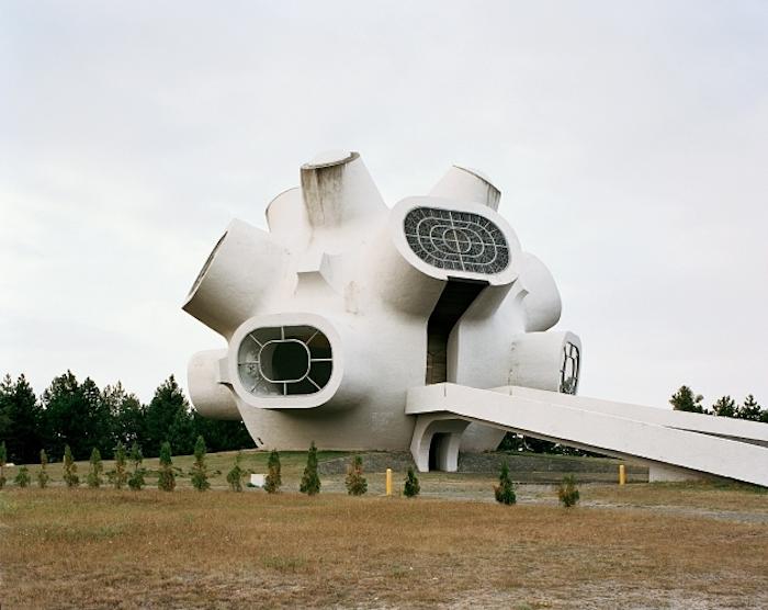 © Jan Kempenaers - Spomenik # 5 (Krusevo)