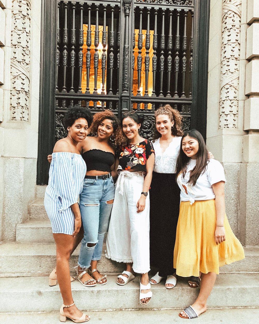 College Fashionista Community Members