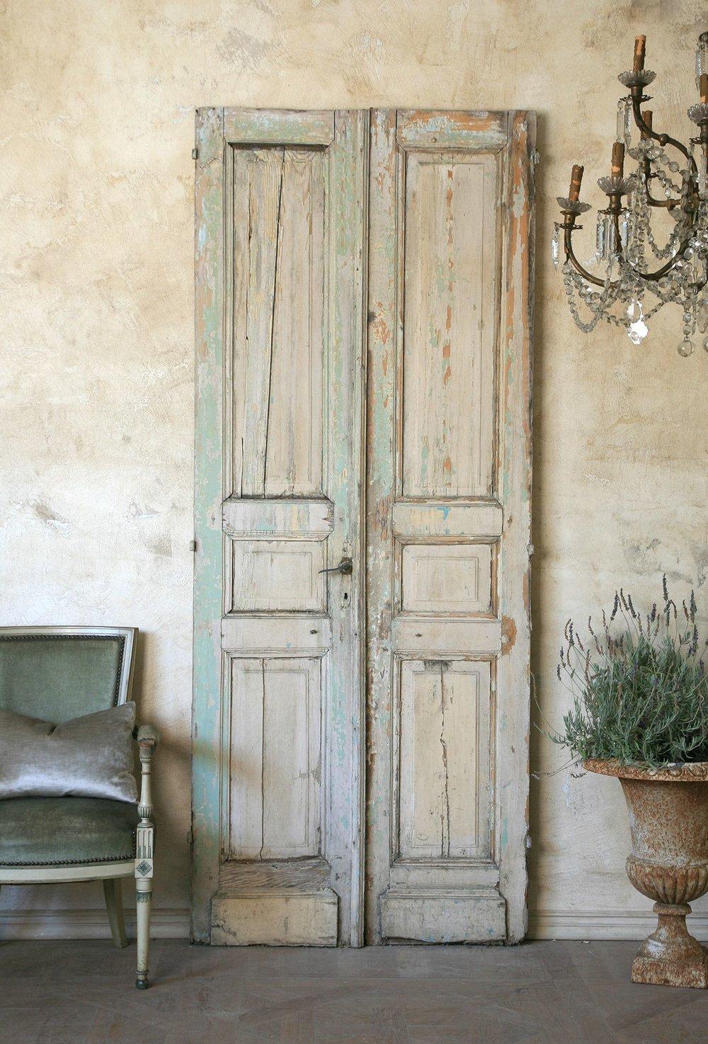 Vingtage doors 95 x 39 x 2.jpg