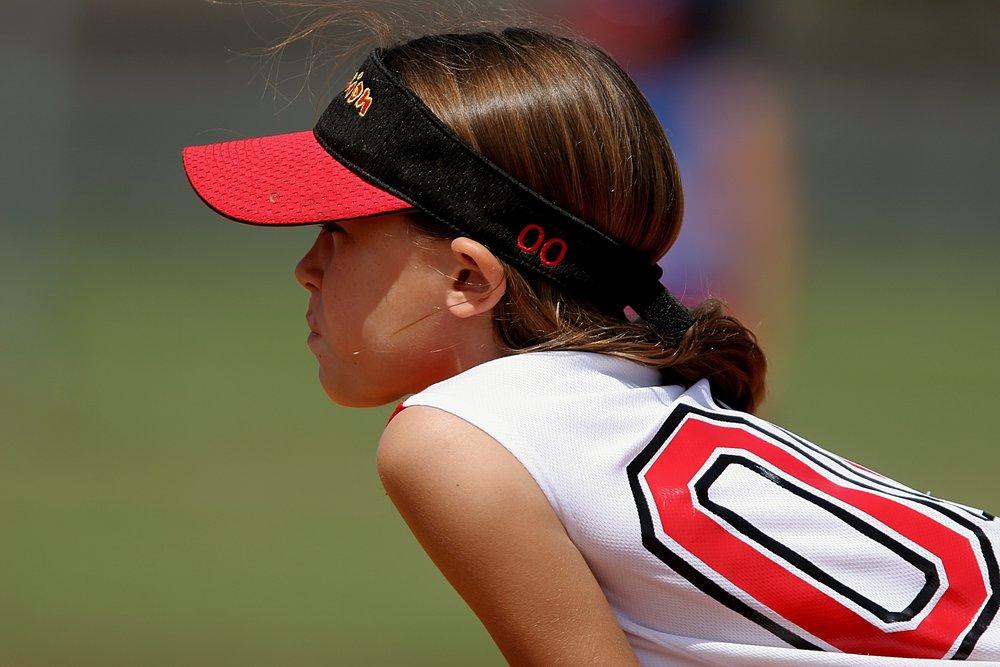 softball-player-female-youth-163375.jpeg